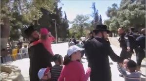 האירוניה: חרדים אומרים ליהודים לא לפחד. זה שלנו.