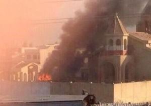 גורלם של אלו שהפנו את הלחי השנייה במזרח התיכון - כנסייה בת 1800 עולה באש