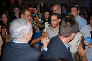 ראש הממשלה ואני, לפני שנשא את דבריו.