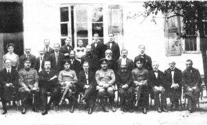 """תמונה של ממשלת ישראל לפני כניסת סייעתא דאבאמא, מג'ייסטרעאט. [במקור, וועד העיירה פלונסק -עיר הולדתו של בנ""""ג]"""
