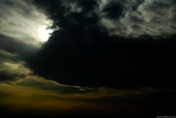 המאבק על השמיים שלנו