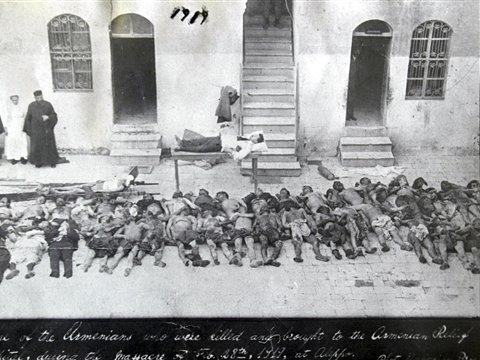 שואה? מה פתאום, סתם כמה גופות של מיליון וחצי ארמנים.