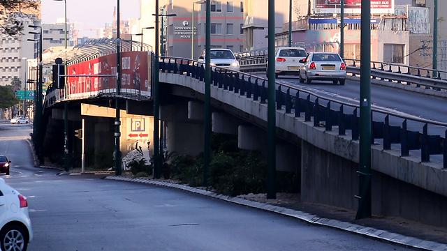 גשר מעריב (צילום: מוטי קמחי)