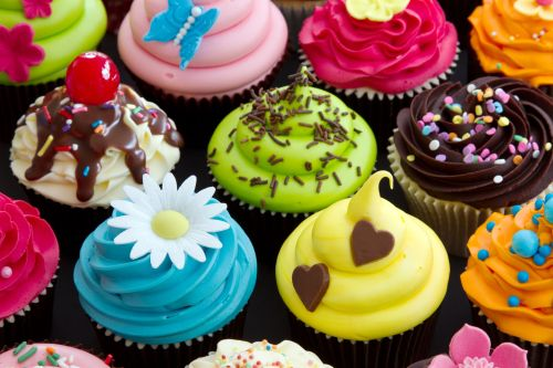 Colorful-Cupcakes (1)