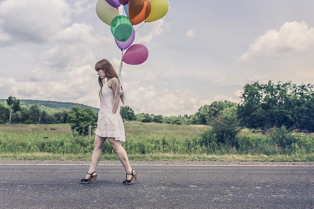 balloons-388973_640