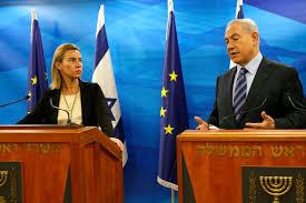 נתניהו עם שרת החוץ של האיחוד האירופי. סימון מוצרי ההתחלויות נוצר כתוצאה מהמדיניות שלו